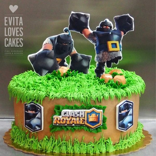 Clash-Royal_Birthday_Cake_EvitaLovesCakes