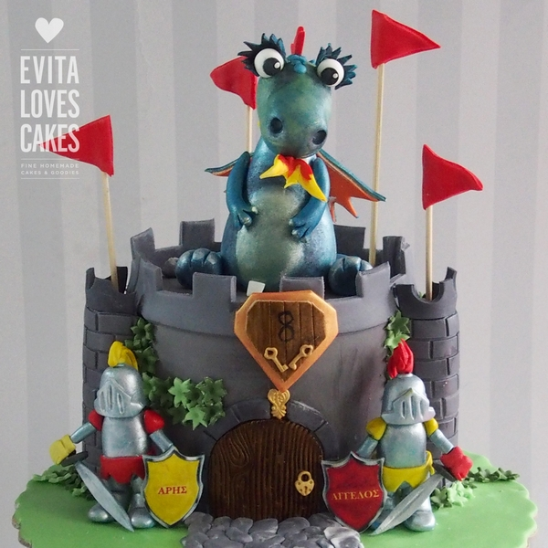 dragon_Birthday_Cake_EvitaLovesCakes