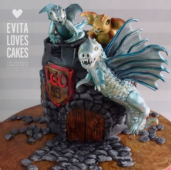 dragon_Birthday_Cake_EvitaLovesCakes