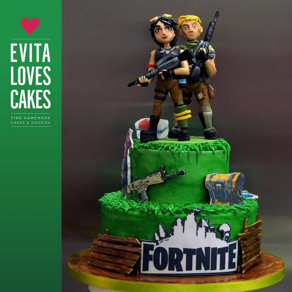 Fortnite_Birthday_Cake_EvitaLovesCakes