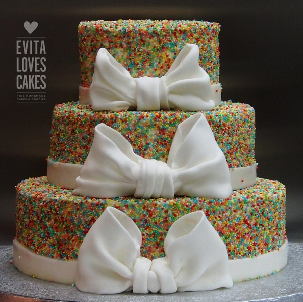 Wedding_Birthday_Cake_EvitaLovesCakes