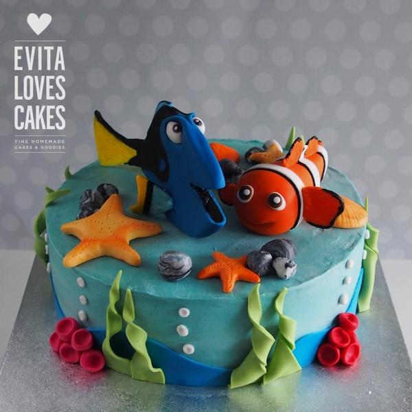 finding_nemo-doris_Birthday_Cake_EvitaLovesCakes