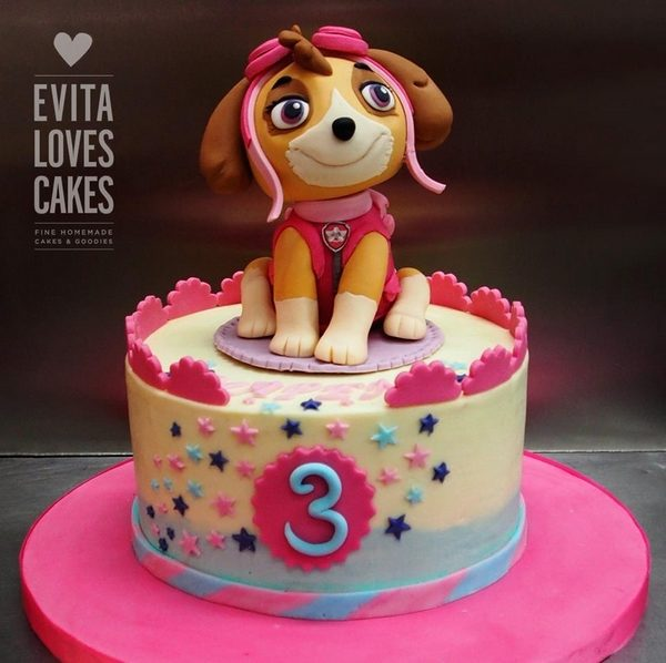 Paw_Birthday_Cake_EvitaLovesCakes