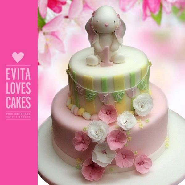 rabbit_Birthday_Cake_EvitaLovesCakes