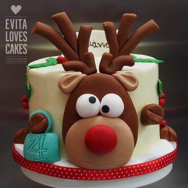 reindeer_Birthday_Cake_EvitaLovesCakes