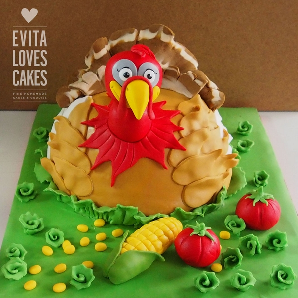 Turkey_Birthday_Cake_EvitaLovesCakes